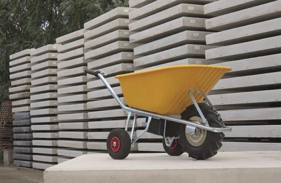 Gespot op de BouwBeurs: Kruiwagen met power