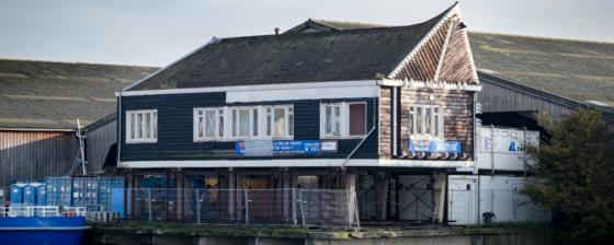 Beroemde NACO-huisje keert terug naar Amsterdam