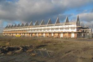 Groei aantal nieuwbouwwoningen stokt door tekorten