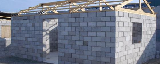 Mobiele fabriek bouwt 'puinhuizen' in Haïti