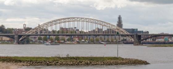Waalbrug Nijmegen krijgt ingrijpende opknapbeurt
