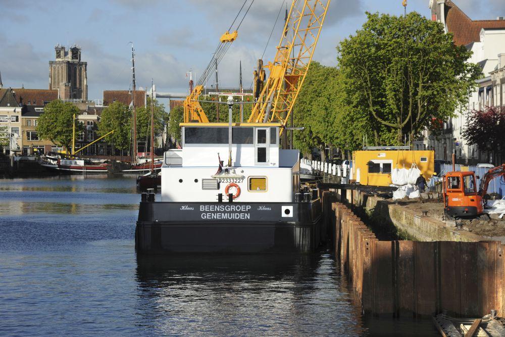 Nieuwe kade in oud Dordrecht