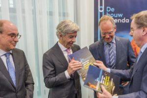 Minister Kamp: 'Het tempo in de bouw moet omhoog'