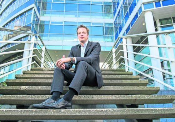 Interview: 'De eerste drie zinnen altijd in het Nederlands'