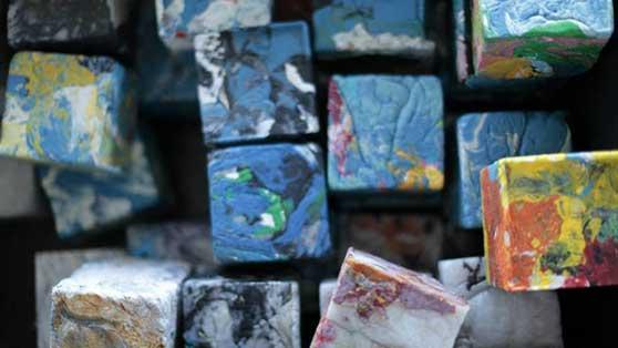 Wasted maakt nieuwe baksteen van lokaal ingezameld plastic afval
