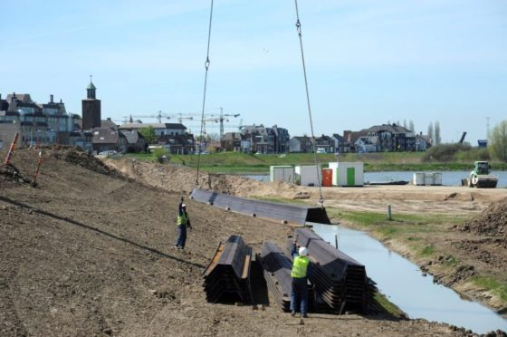 Bouwfoto van de Dag: Dijkverbetering Werkendam