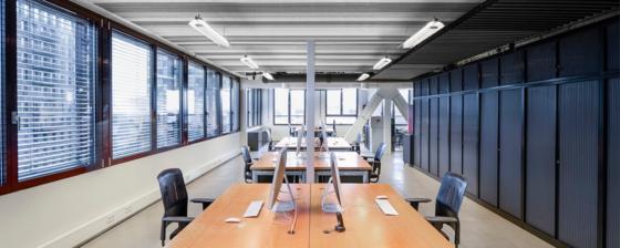 Vijf tinten grijs op kantoor