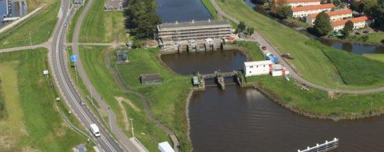 Mourik versterkt IJsseldijk bij Gouda met bindmiddel