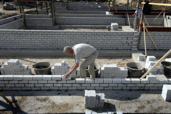 Taco van Hoek (EIB): Personeelsschaarste houdt aan, flexarbeider rukt verder op