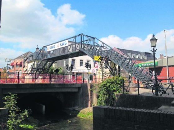 Mobiele brug houdt Utrecht bereikbaar
