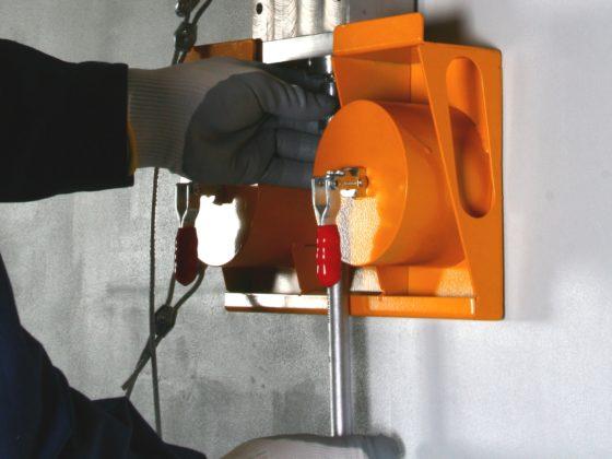 Magnetisch steigeranker veilig met goed te meten losbreekkracht