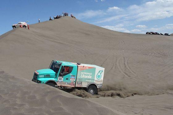 De Rooy wint tweede etappe Dakar