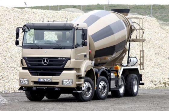 Mercedes-Benz met 'vertrouwde' trucks naar Bauma