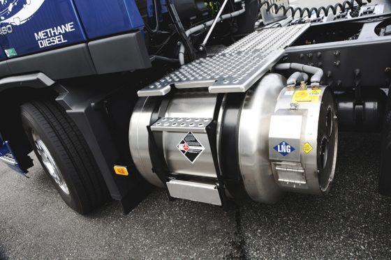 Volvo Trucks start praktijktesten met LNG