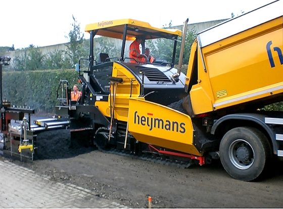 Heijmans heeft primeur van eerste Stage 3b Dynapac SD2500CS