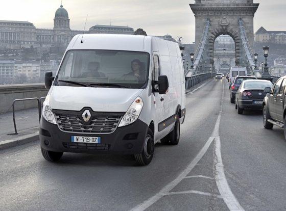 Nieuwe Renault Master flink onder handen genomen