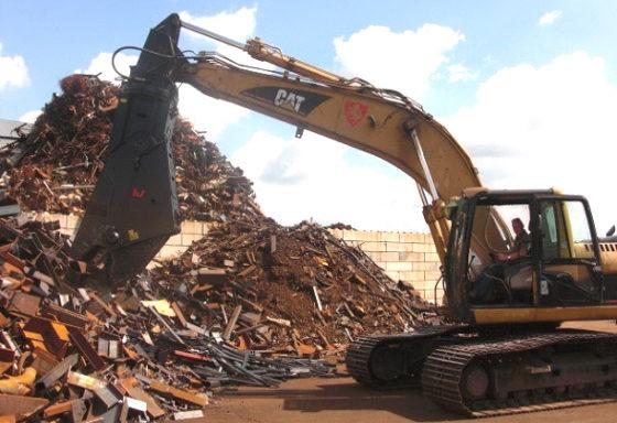 Verachtert schrootschaar voor Riwald Recycling