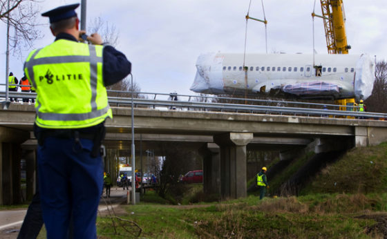 Vlot transport vliegtuigwrak