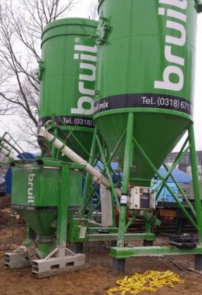 Montagemortels prefab beton in bulksilo's