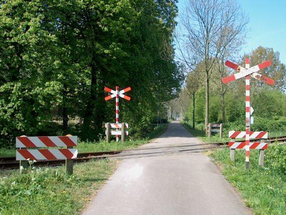 ProRail sluit helft overwegen bij Gouda, Rotterdam en Den Haag