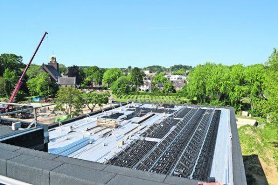 Optigroen-dak buffert vier maal meer regenwater dan gewoon groendak