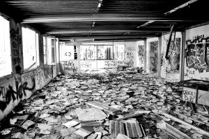 Afvalberg bouw blijft langer liggen door recessie