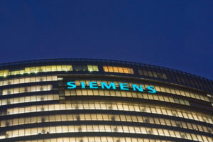 Minister berust niet in vertrek Siemens