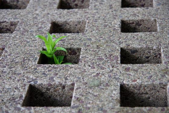 Betonvermaler moet beton weer splitsen in zand, grind en cement