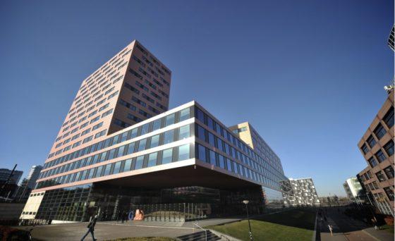 Nederlandse kantorenmarkt herstelt, leegstand omlaag