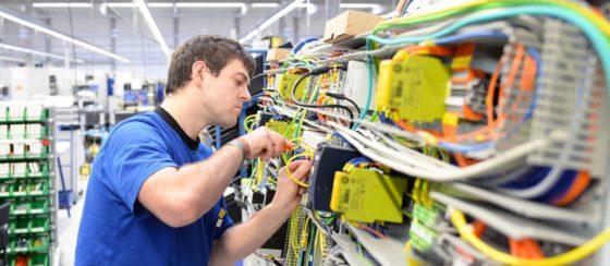 'Schaf opleidingsfonds techniek niet af'