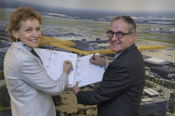 Schiphol tekent contracten uitbreiding landzijde