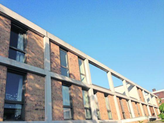 Kant-en-klaar: Verstopte dakopbouw op woningen in Moerwijk