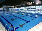 Nog altijd helft zwembaden 'onveilig' door roestvaststaal