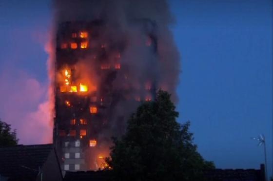 Tientallen Britse flats brandgevaarlijk