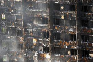 Rotterdam twijfelt over brandveiligheid van gevels van acht hoge gebouwen
