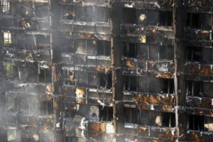 Jaar na Grenfell-brand: weinig veranderd voor Nederlandse gevelbouw