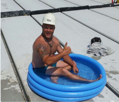 Hitte: geen klachten, wel zwembadjes op de bouwplaats