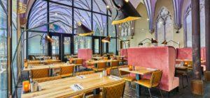 """In Breda moest Van de Ven veel """"aandacht en energie"""" steken in de bouw van vijfsterrenhotel Hotel Nassau."""