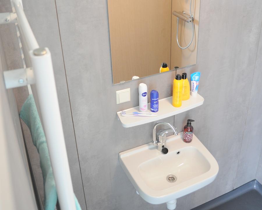 Badkamer Renoveren Kan In Een Dag Blijkt Ook In De Praktijk Cobouw Nl
