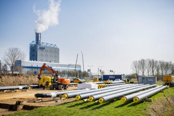 Wat is slim: warmtenet in handen van netbeheerders of energiebedrijven?