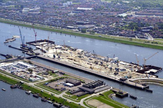 Niets is wat het lijkt in de immense bouwkuip van Zeesluis IJmuiden