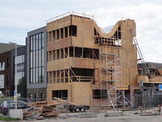 Arno Pronk bouwt zijn eigen huis op Create IJburg
