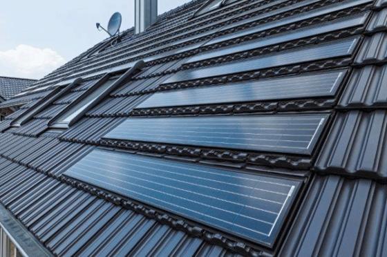 Dakpannen Met Zonnepanelen : Solar energie combineert dakpannen mét zonne energie cobouw.nl