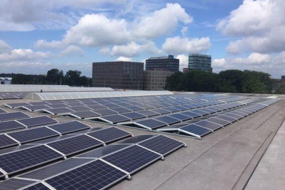 Als de zonnepanelen te weinig leveren betaalt Lloyds uit