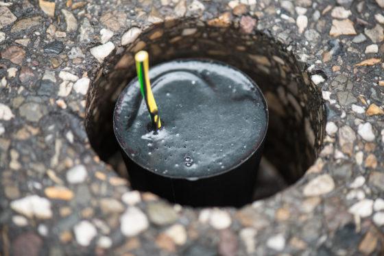 Plug & forget sensoren in wegdek melden wanneer zout strooien écht nodig is