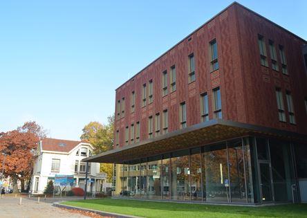 Pand hogeschool Saxion in Enschede ook dicht voor onderzoek vloer