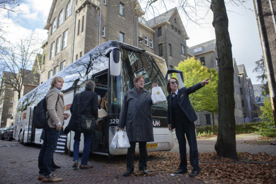 Transformatie in Zuid-Holland: per bus de woningnood te lijf