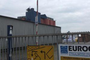 Mogelijk asbest in ontsnapte stofwolk omstreden Eurogrit