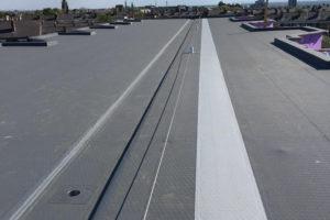 Permanent valbeveiligingssysteem voor veilig werken op het dak