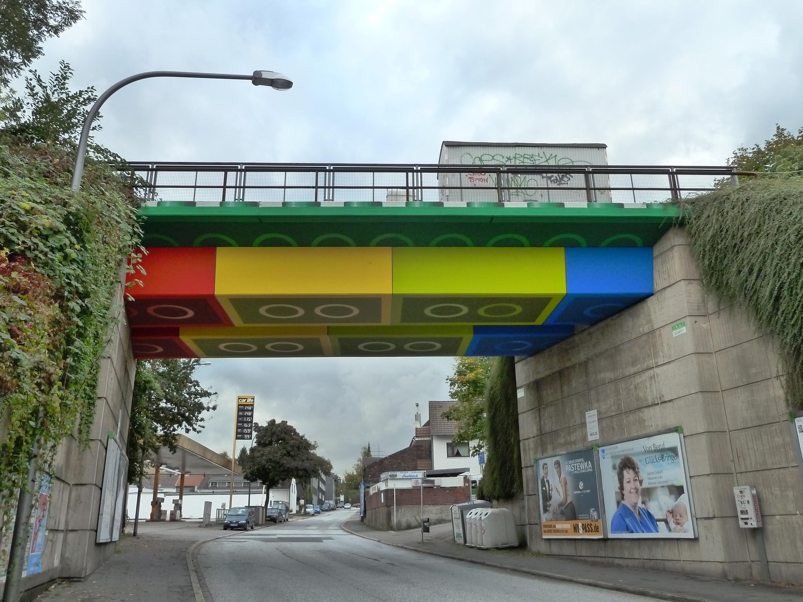 Legobrug in Wuppertal, zo hoeven de bruggen er nu ook weer niet uit te zien. Foto: Morty